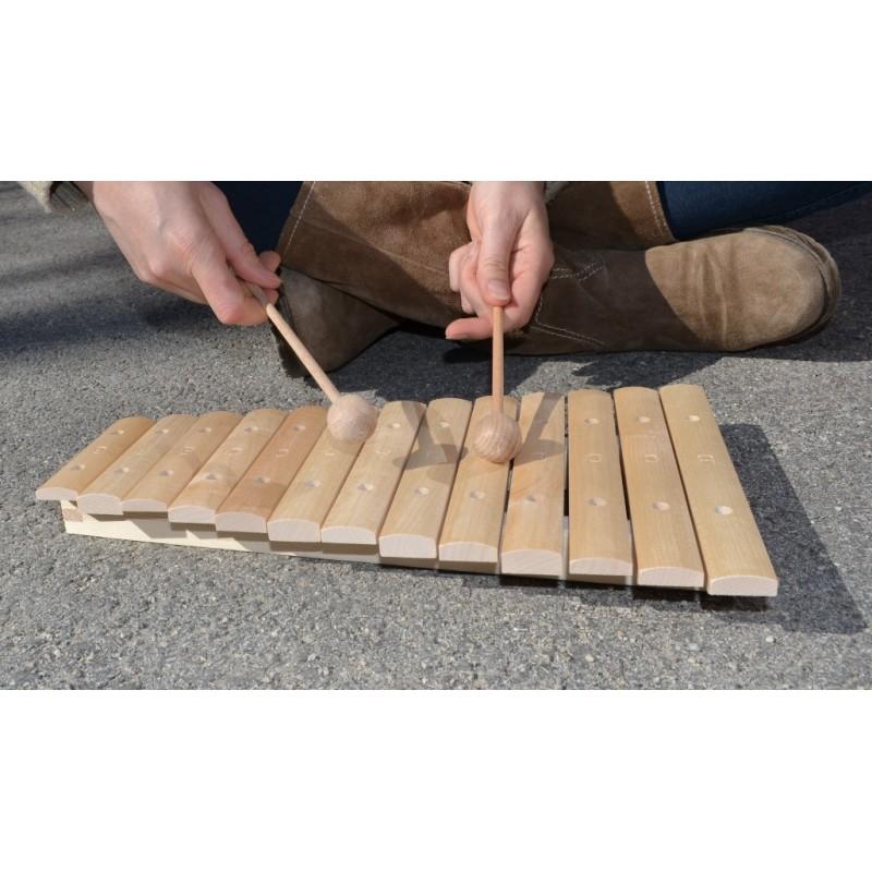 xylophone un jeu de musique en bois de percussion faciles. Black Bedroom Furniture Sets. Home Design Ideas