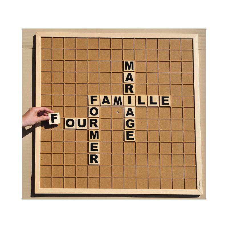 jeu de lettre Jeu des Mots Géants   jeu de lettre du type scrabble en grand  jeu de lettre
