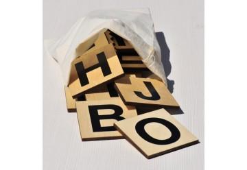 Lot de 99 lettres en bois xxl 10 x 10 cm