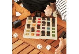 jeu de dés en bois