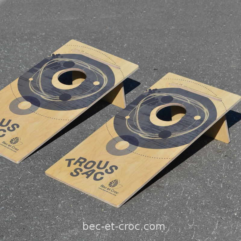 Troussac ou Cornhole fabrication France, jeu de lancer