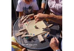 Basculo jeu de société en bois avec toupie
