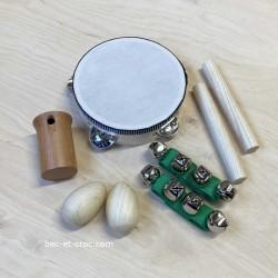 8 instruments de percussion de musique en bois