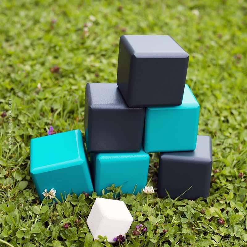 Cubes de pétanque carrée en bois massif 7 cm