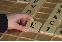 Letres géantes en bois pour jeu des mots géants